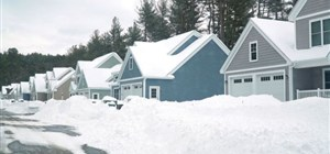 The Impact of Snow and Ice on Residential Roofs