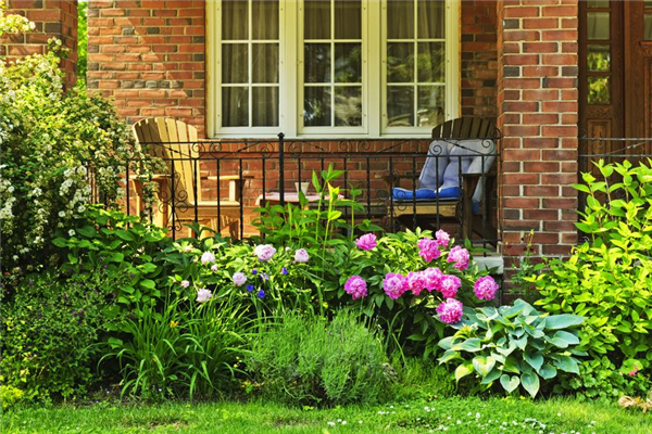 Great Reasons to Add a Garden Window