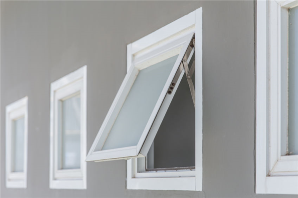 Awning Windows Versus Hopper Windows: What's the Difference?