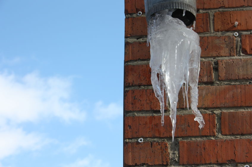 What Happens When Rain Gutters Freeze?