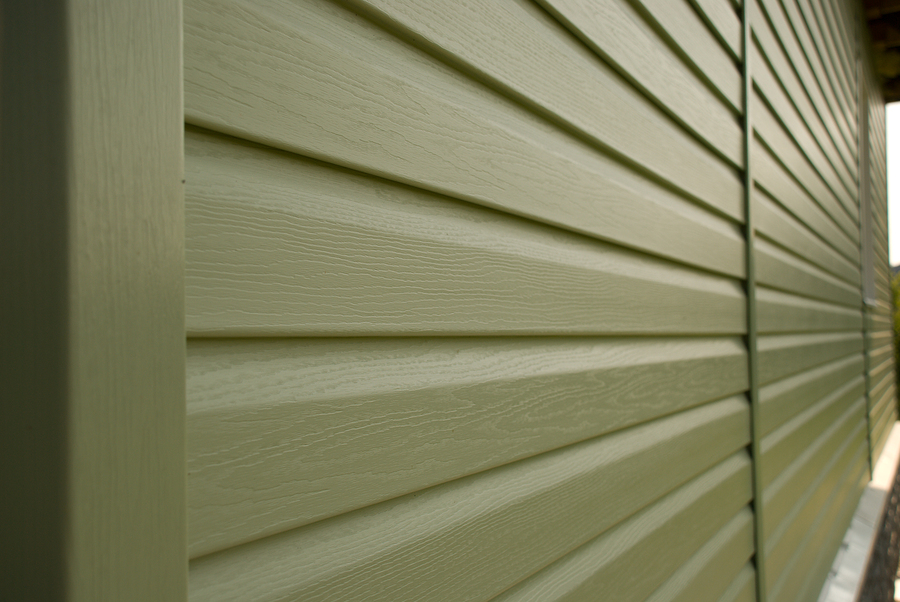 Comparing Vinyl to Fiber Cement Siding
