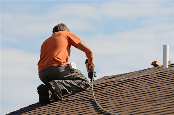 4 Different Types of Roofing Material We Install