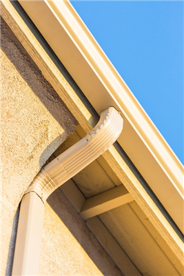 Why Seamless Gutters Are All the Rage with Homeowners